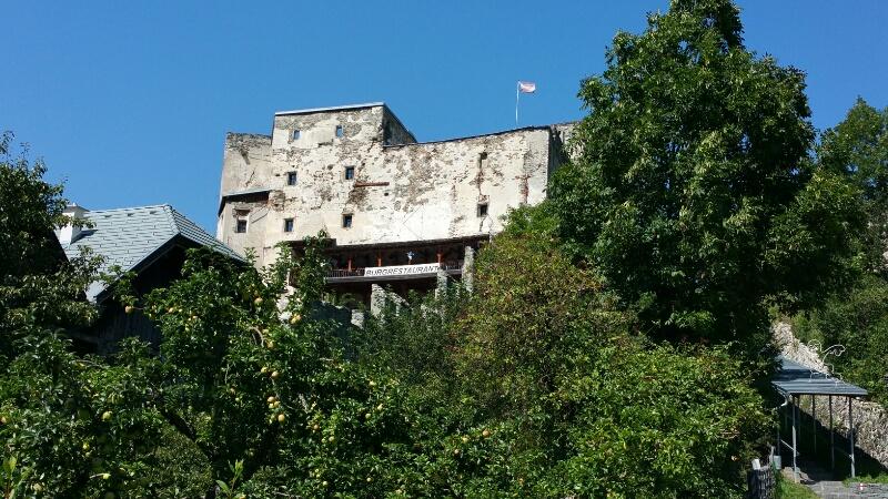 Burg Gmünd mit Burggaststätte