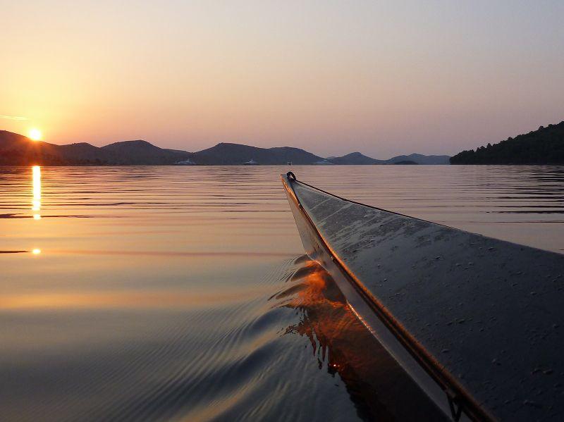 Paddeln bei Sonnenaufgang - Telascice